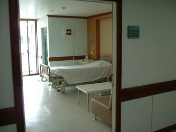Patient's Room - Yanhee Hospital - مستشفى يانهي